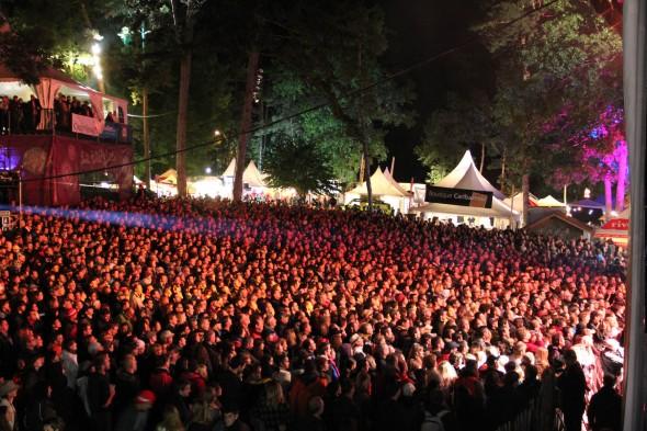 Caribana 2011 Ist night Crowd