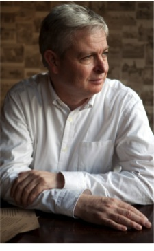 British Author Jonathan Coe in Vaud on Saturday 18th – Event open to public