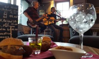 Music, Tapas and Moreat a Nyon After-Work Bar