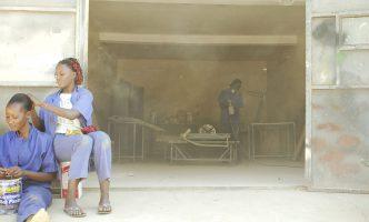 Life as a young female car mechanic in Burkina Faso – Film Ouaga Girls