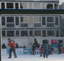 Get your skates on in Nyon – A rink comes to the town