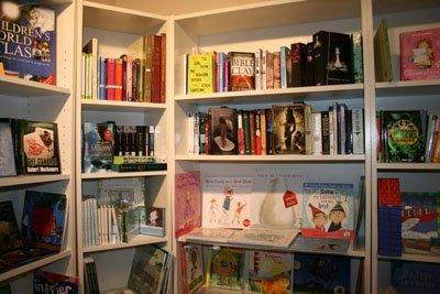 English books in Nyon – to borrow or buy
