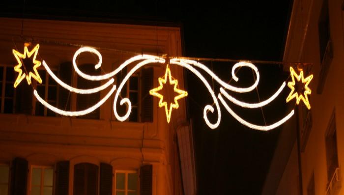 Art exhibition in Bursins, Gaetan in Chavannes, Christmas market next week in Nyon