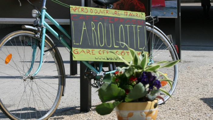 La Roulotte – The café behind Nyon station is now open – Student menu for 10 chf