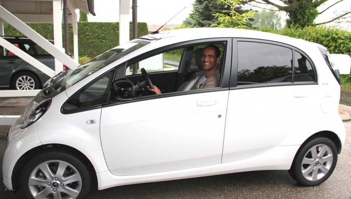 Living with, and driving an electric car in Vaud – CH 2.50 on average to fill it up!