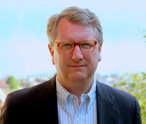 Living in Grandvaux and planning strategies for companies – Interview with U.S author Woody Wade