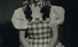 """Actress who played Dorothy' in """"Wizard of Oz"""" over seventy years ago, visits Geneva"""