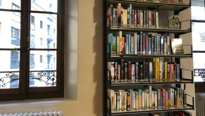 English books at Nyon library – Free to borrow